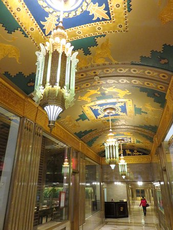 Amazing art deco lobby of Fred F. French Building (03/Feb/17).