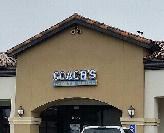 Seal Beach, Kalifornia: Coach's Sports Grill