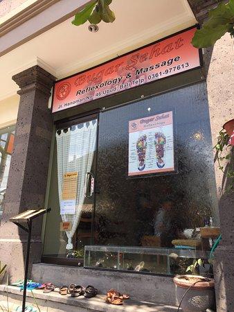 Bugar Sehat Reflexology & Massage