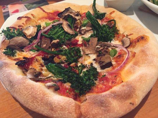 California Pizza Kitchen Monterey Ca