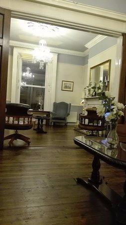 Charleville Lodge: salonik