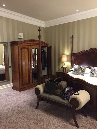 North Bovey, UK: Four poster bed