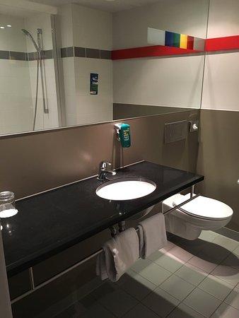 Grâce-Hollogne, Bélgica: Scrub up well