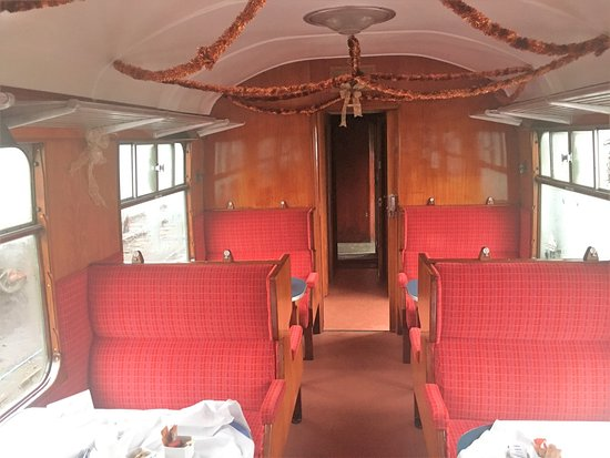 Tenterden, UK: Interior of our carriage.