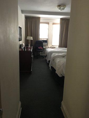 Salisbury Hotel: photo1.jpg