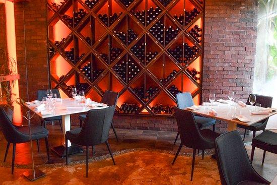 La Casa del Agua: Salón del Vino