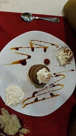 Castelnau-d'Estretefonds, Francia: dessert