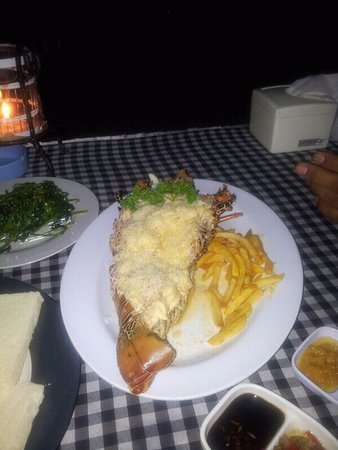Romantic Dinner in Jimbaran Bay: اللوبستر لذيذ جداً .