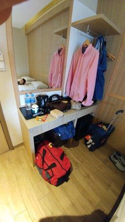 Hotel 81 - Star Photo