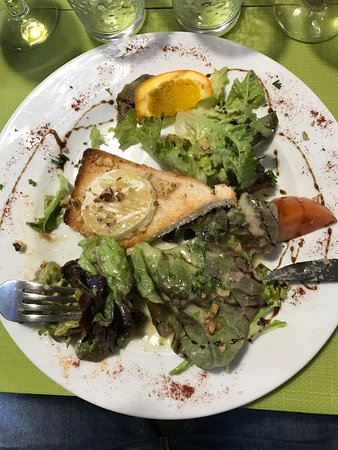 Salbris, ฝรั่งเศส: Très bien accueilli cuisine plus que bonne je m'arrête souvent en ce mieux par gourmandise