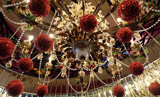 the scarlet singapore beautiful christmas decorations