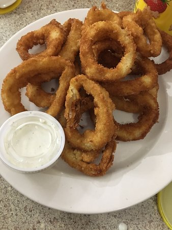 Auburn, MI: Onion Rings- Very good and served HOT!