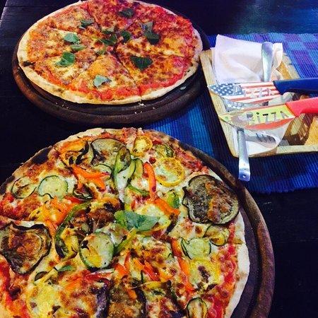 """Pizzeria  """"Pizza Italia"""""""