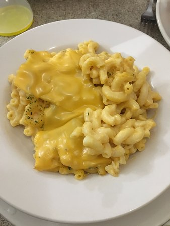 Auburn, MI: Mac and Cheese- again great eats
