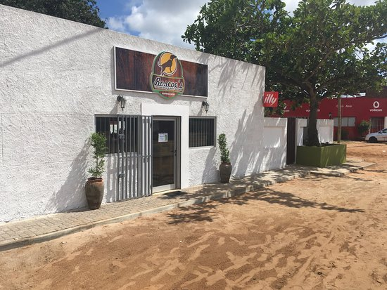 Marracuene, Mozambique: We are right before the bridge to Macaneta. Stop by for a quick bite or last minute provisions!