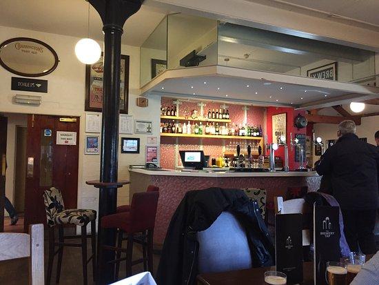 Μπέρτον, UK: photo0.jpg