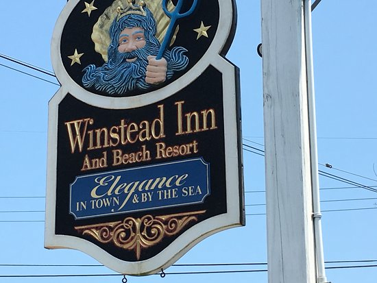Winstead Inn and Beach Resort: Distinctive sign