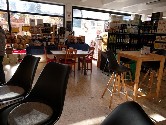 Vaterstetten, Allemagne : Another view of the caffe