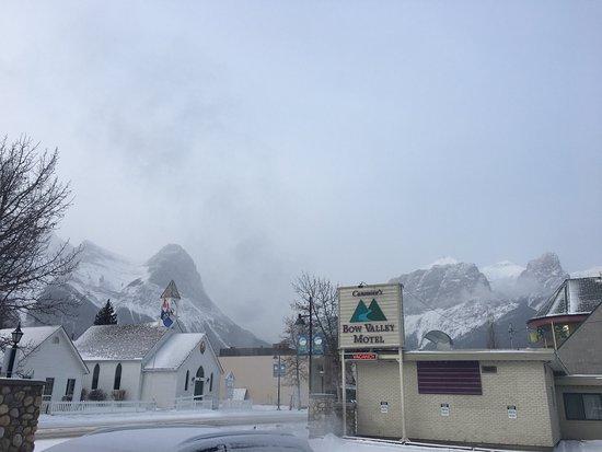 Bow Valley Motel: photo0.jpg