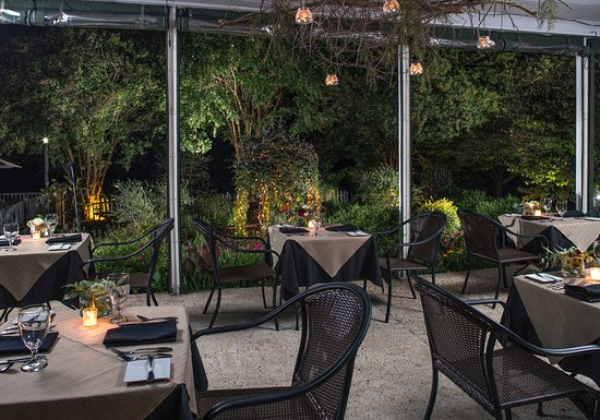 Clarkesville, GA: Our all season dining terrace affords a beautiful view of the gardens