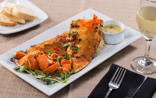 Clarkesville, GA: Our pecan trout entree is a long-time favorite