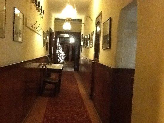 Rathnew, Ireland: Hall