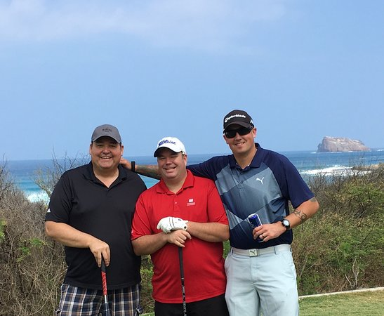 Kaneohe, HI: Beautiful day of golf with friends