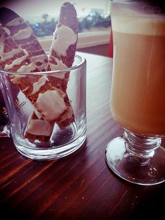 Temiscouata-sur-le-Lac, Canada: Cafés de spécialité et gâteries cuisinées sur place