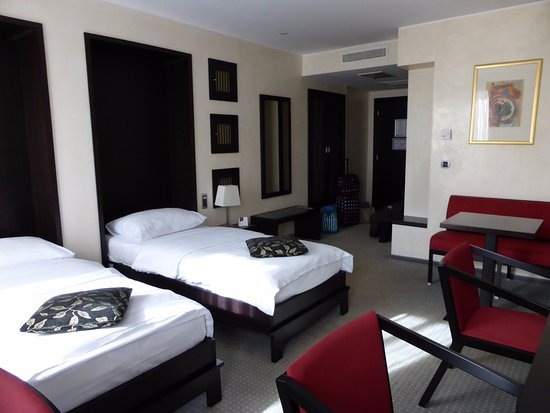 Chambre double de luxe - Picture of Austria Trend Hotel ...