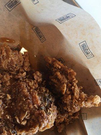 Honey's Fried Chicken & Donuts: Honey's Friend Chicken & Donuts