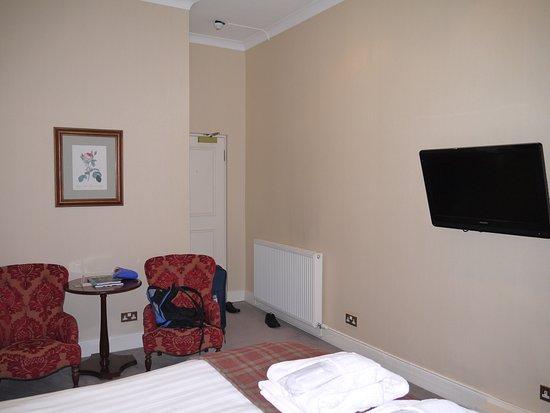 BEST WESTERN PLUS Edinburgh City Centre Bruntsfield Hotel: Hotellrum