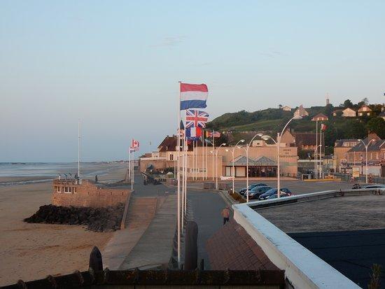 Hotel de la Marine : View to the Musée du Débarquement/carpark and Beach