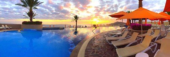 Pueblo Bonito Sunset Beach Golf Spa Resort