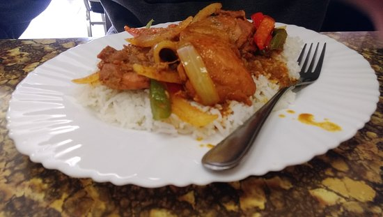 Brooks, Canada: Curry chicken