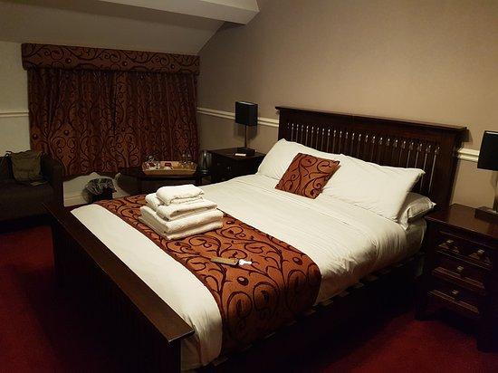 Lyons Woodlands Hall Hotel : 20170203_190028_large.jpg
