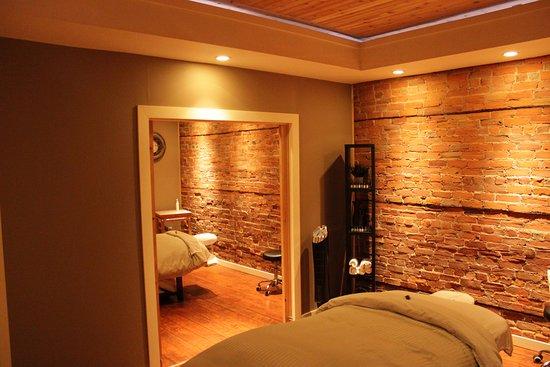 Kamloops, Canada: Couple's treatment room.