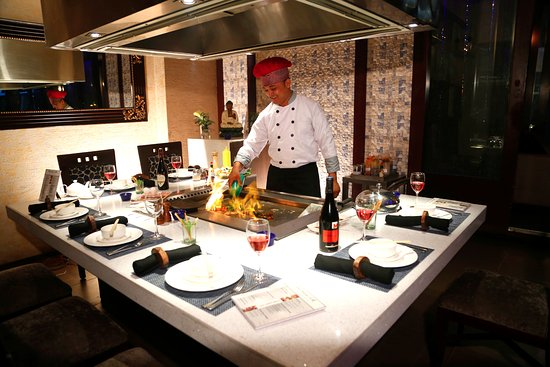 Teppanyaki Grill at Love Italy Restaurant - Picture of The Regent ...
