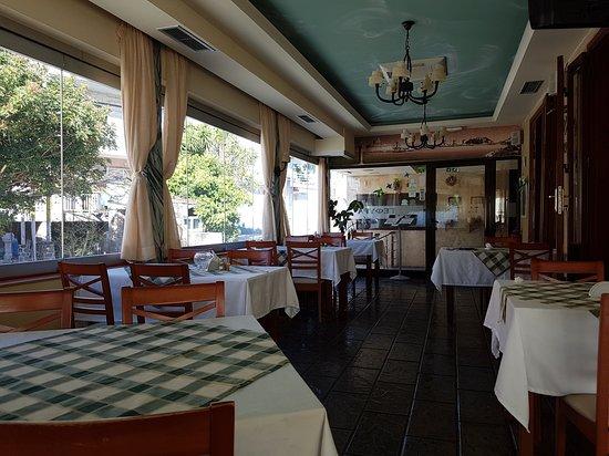 Gefira taverna, Pastida, Rhodes