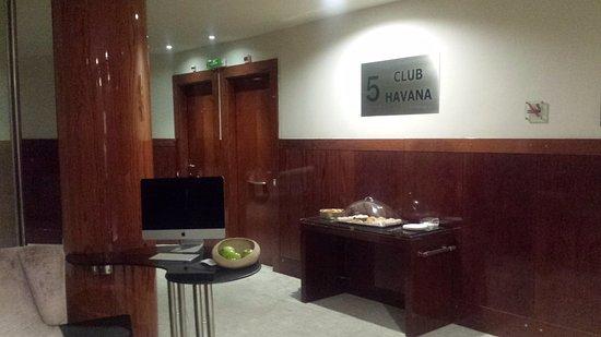 Silken Gran Hotel Havana: Planta 5 Club Havana