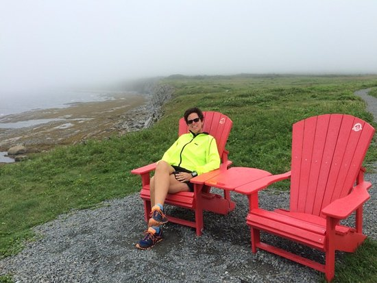 Cow Head, Canada : Taking a break at Green Point