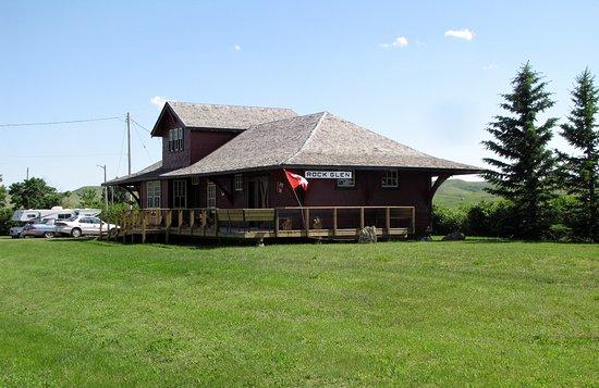 The Rockglen Visitor Center & R.V. Park