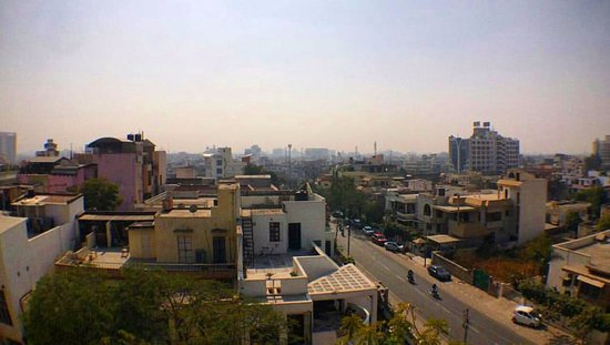 Sunder Palace Guest House: Вид с крыши отеля.