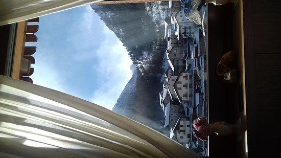 Pietraporzio, إيطاليا: sala ristorante con vista stupenda!