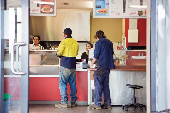 Queanbeyan, Australia: Try our meal deal now.....