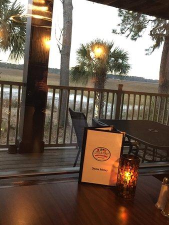 Wilmington Island, GA: Great food and sceneries.