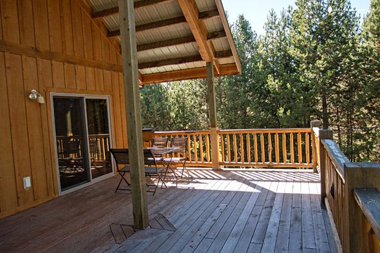 DiamondStone Guest Lodges: HS Treetop 2 Queen Suite North deck. Hear nothing but the breeze.