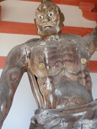 Takatori-cho, Japan: 仁王門の仁王像