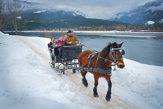 Make unforgettable memories as you take in the snow capped mountains and blue sky of Revelstoke
