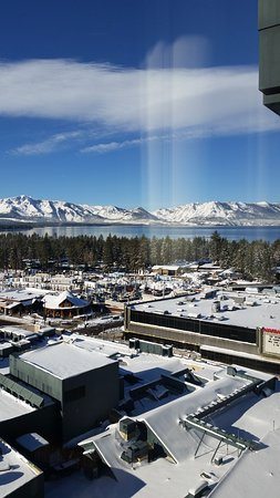 Harrah's Lake Tahoe: Beautiful view of January snow!