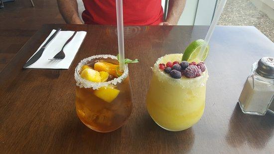 Charlestown, ออสเตรเลีย: Mango ice tea and granita mango...yummo